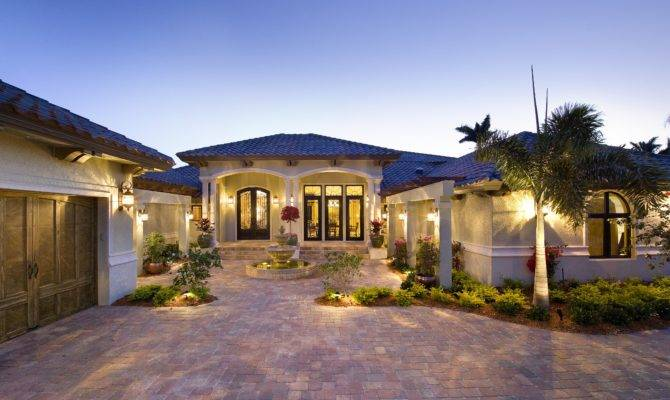 Remodeling Naples Company Lykos Group