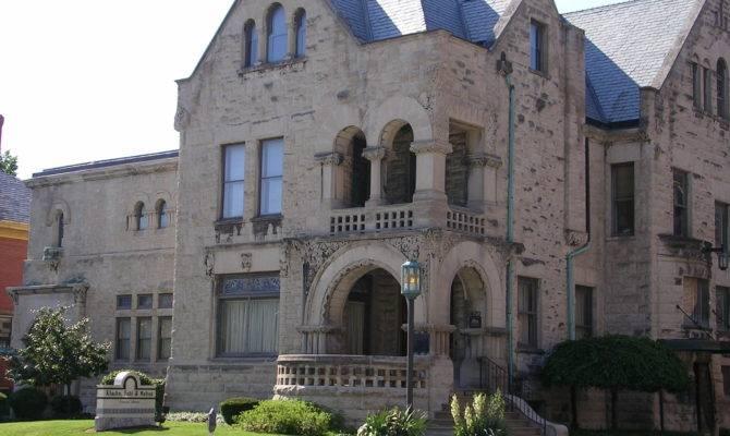 Richardsonian Romanesque Style House Designed Wing Mahurin