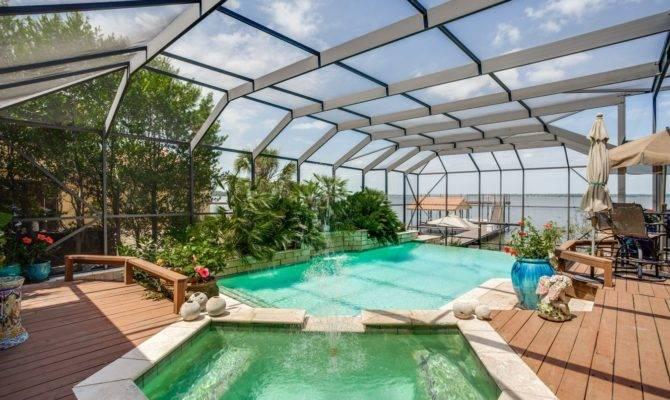 Rooftop Swimming Pool Look More Beautiful
