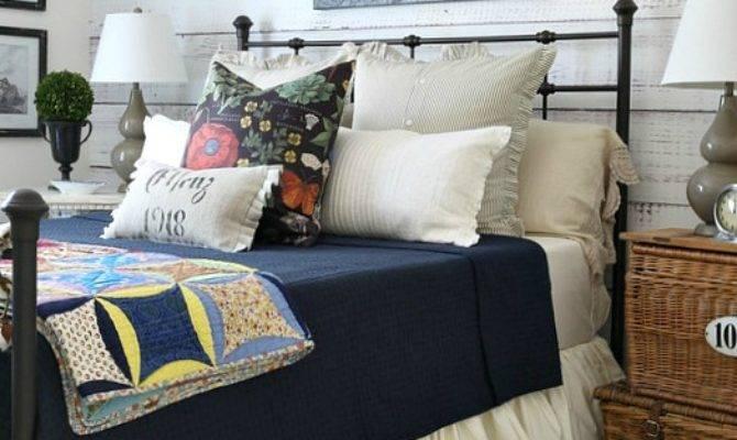 Savvy Southern Style Cozy Fall Farmhouse Bedroom