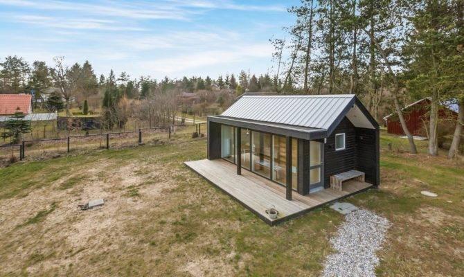 Scandinavian Modern Tiny House Simon Steffensen