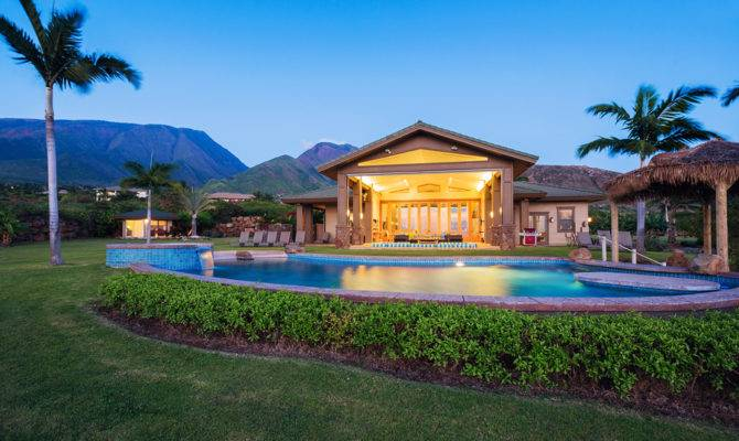 Search Las Vegas Homes Pools