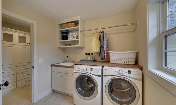 Second Floor Laundry Room Donnell Woods Model