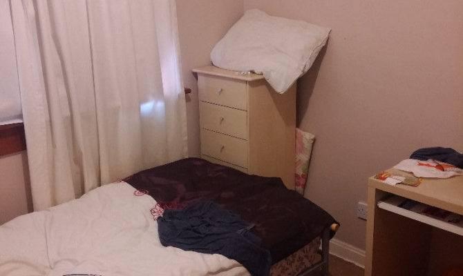 Single Bedroom Rent Bedrooms Flat Located