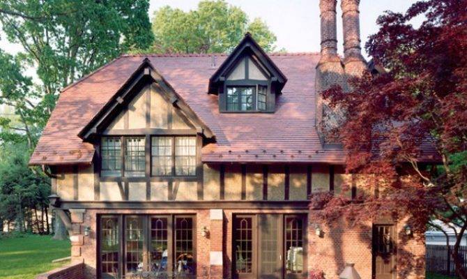 Sleek English Cottage House Design Ideas