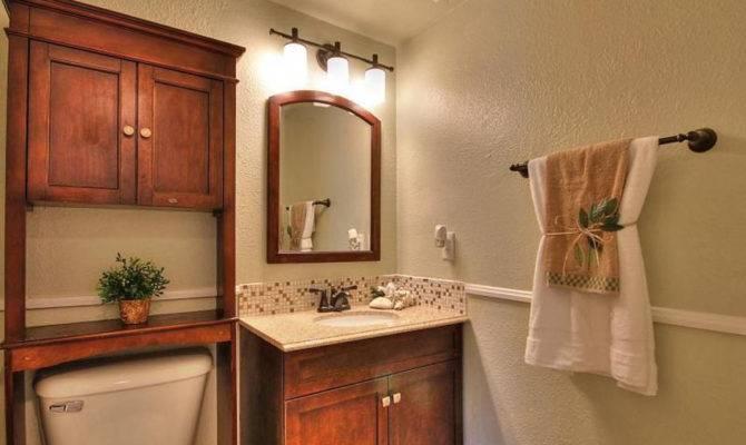 Stunning Craftsman Style Bathroom 18