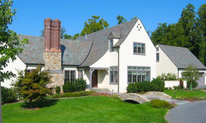 Small English Cottage Potomac Traditional Exterior