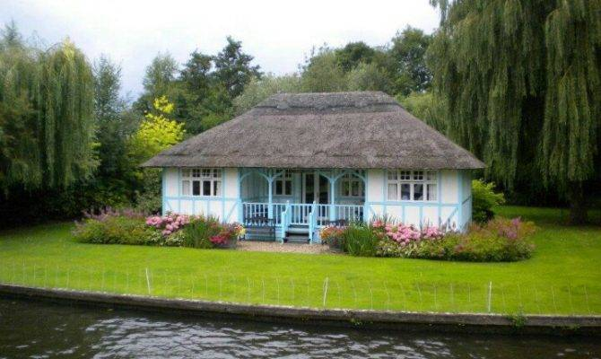 Small Home Lake Cottages Homes Pinterest