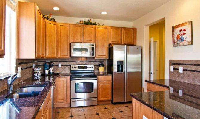 Small Kitchen Floor Tile Ideas Deductour