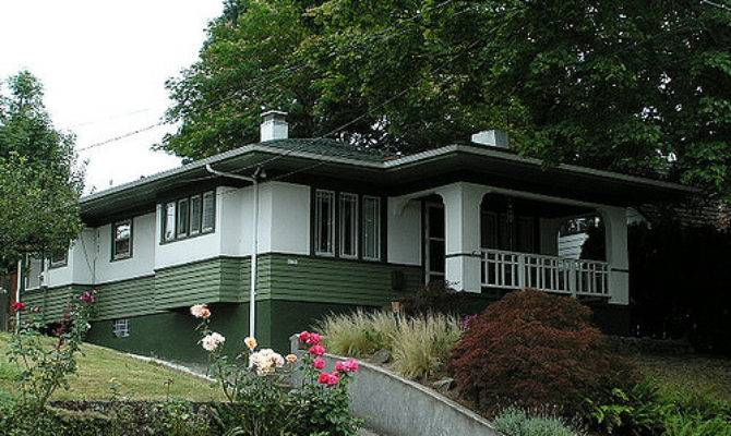 Small Prairie Style House Bungalow