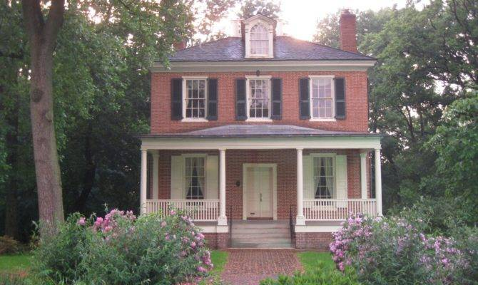 Small Two Story Brick House Plans