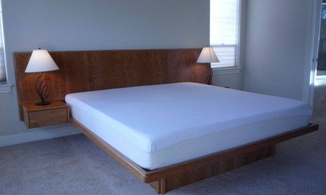 Solid Wood Riletto Bedroom Furniture Floating Bed