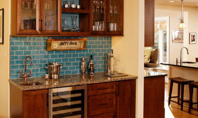 Some Inspiring Yet Helpful Wet Bar Ideas Any