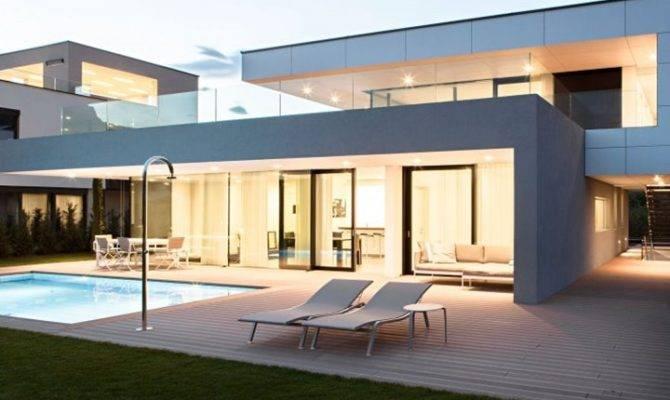 Sophisticated Rectangular House Design Ideas