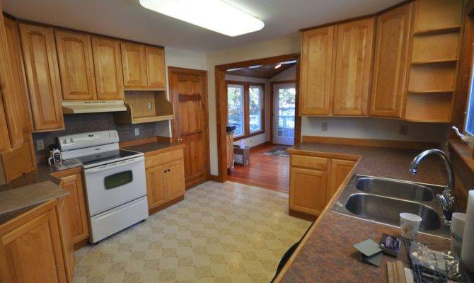Sopo Cottage Craftsman Bungalow Kitchen Breakfast