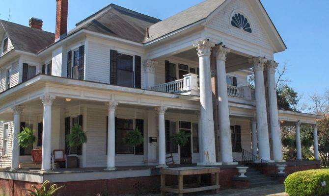 Southern Homes Colonial Revival Style Home