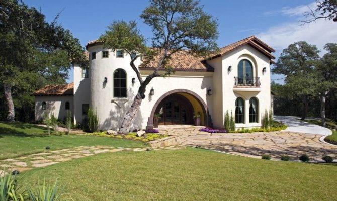 Spanish Villa Vanguard Studio Inc Austin Texas Architect