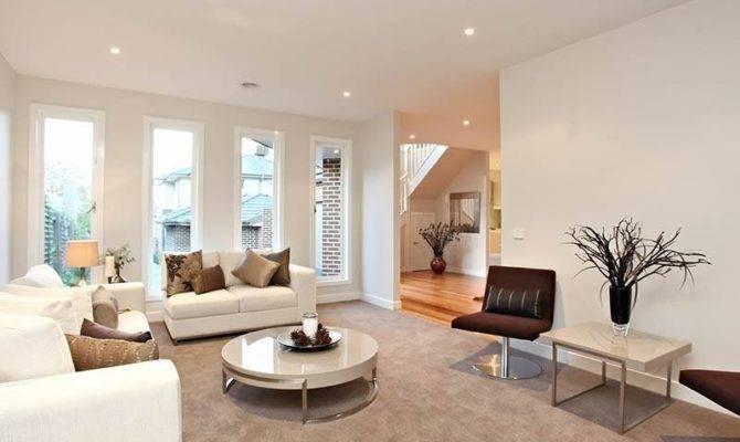 Split Level Living Room Using Black Colours Carpet
