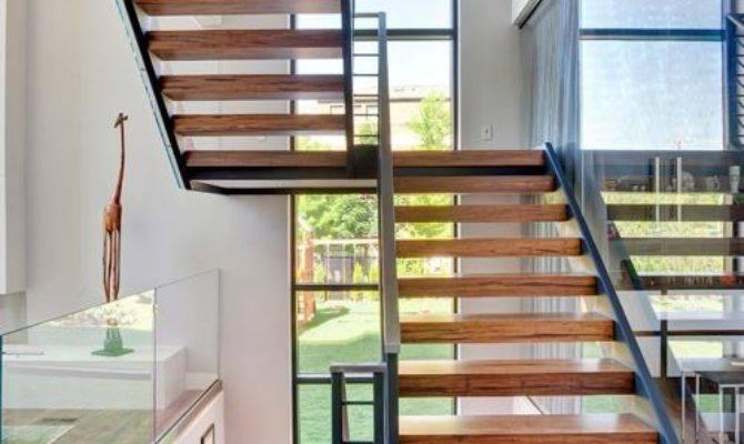 Split Level Staircase Houzz