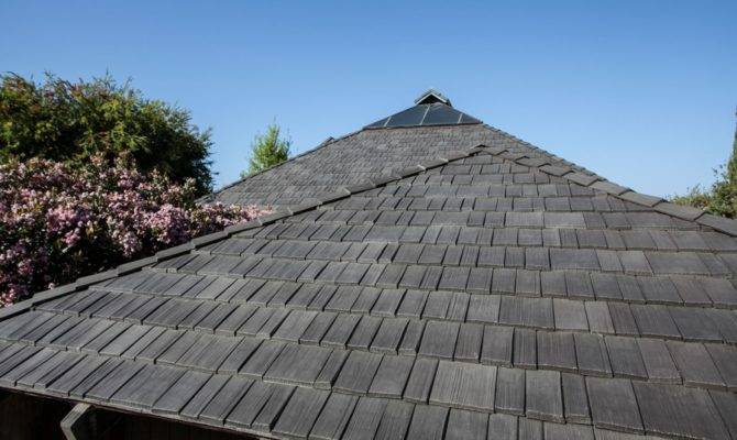 Steep Roof Pitch Problem Roofer Installing Polymer Shake Tiles