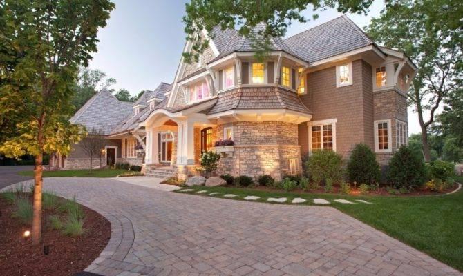 Stone Cedar Home Certainly Attract Plenty Buyers