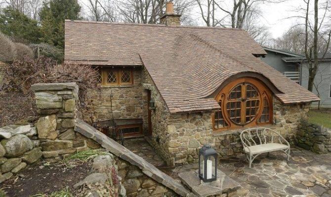 Stone Cottage Design Inspired Hobbit Home