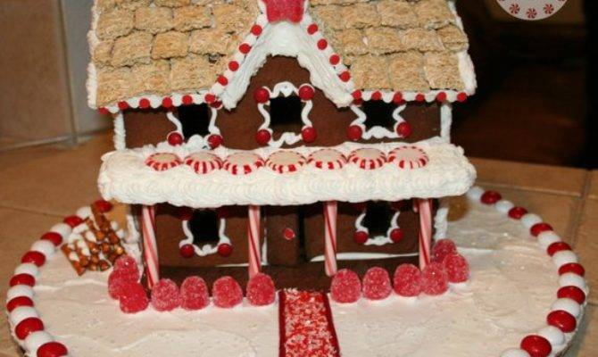 Story Inn Gingerbread House Template