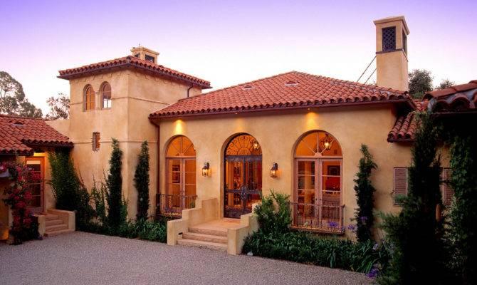 Stunning Mediterranean Exterior Design
