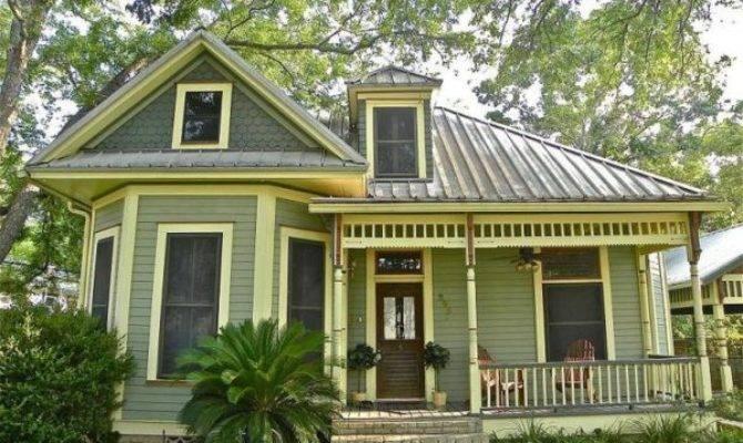 Style Folk Victorian Architecture