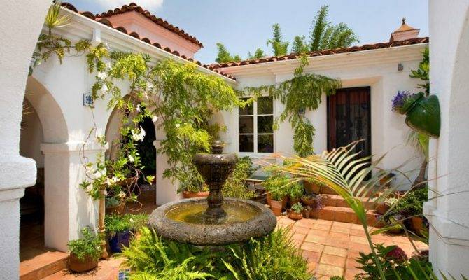 Style Homes Courtyards Seen Here Example Socal