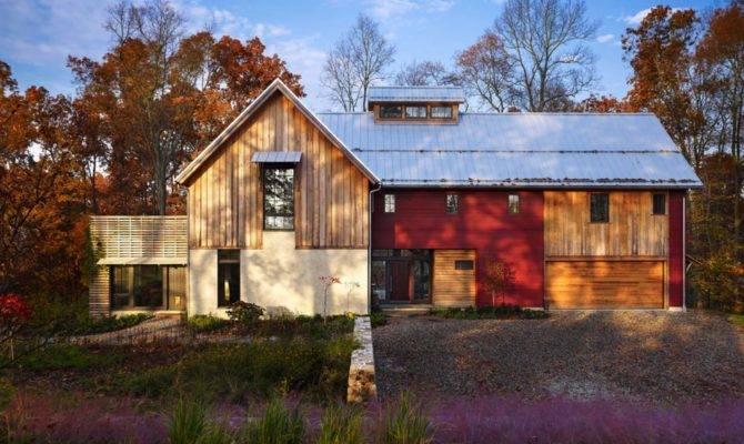 Sustainable Modern Rustic Barn House Pennsylvania