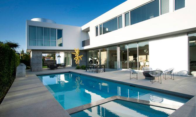 Swimming Pool White Stucco Modern House Venice California