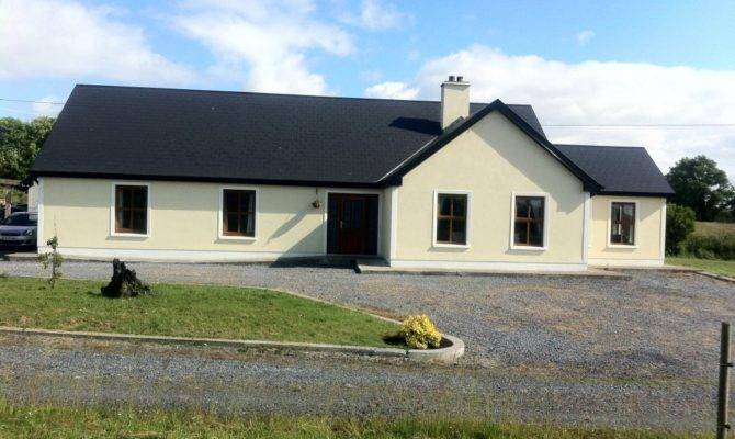 Tawnylough Bungalow Country House Sale