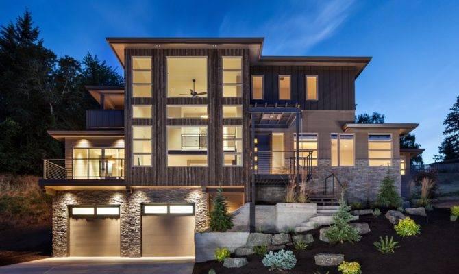 Thread Luxurious Multi Level House