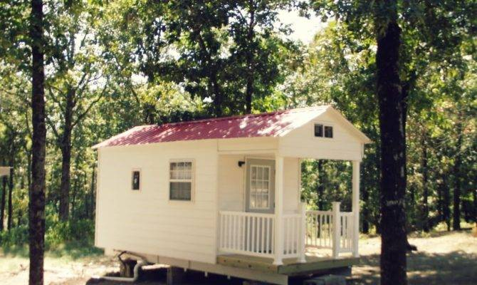 Tiny House Cottage Swoon