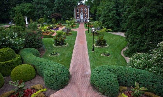 Travel Guide Victorian Gardens Garden Design
