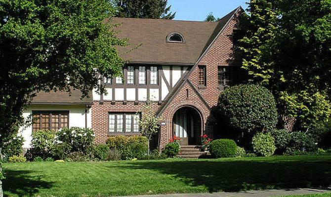 Tudor Style Portland Irvington Neighborhood Flickr
