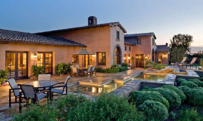 Tuscan Villa Style Homes Bring Old World