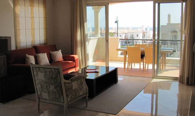 Two Bedroom First Floor Apartment Roof Terrace