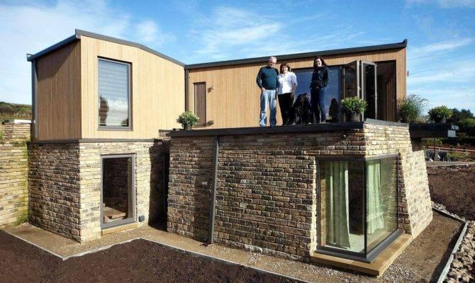 Ultra Modern Eco House Design