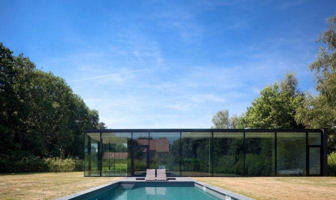 Ultra Modern Glass House Architecture Design