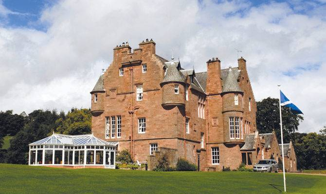 Very Big House Country Scottish Licensed Trade News