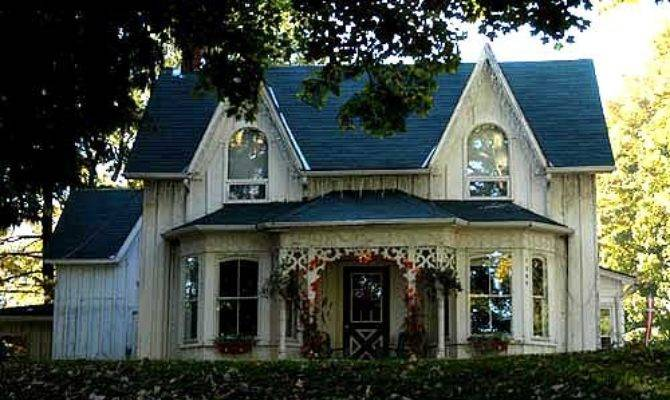 Victorian Houses Moody Teen Turn Ons Gothic Revival