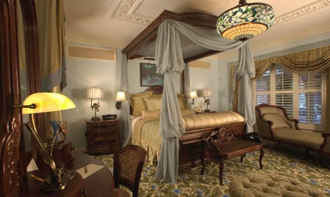 Victorian Master Bedroom Comfortable Home Design