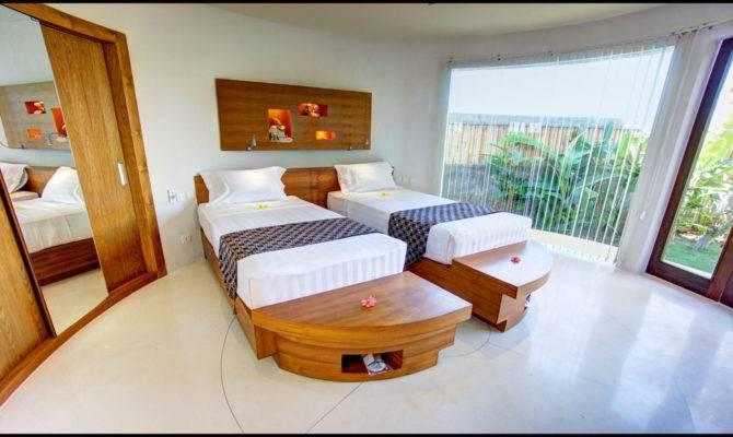 Villa Guest Bedroom Set Two Beds