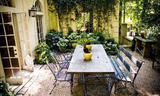 Vintage Style Courtyard Spring Summer Backyard