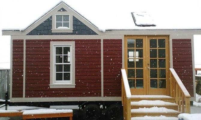 Washington Craftsman Tiny Smart House Houses