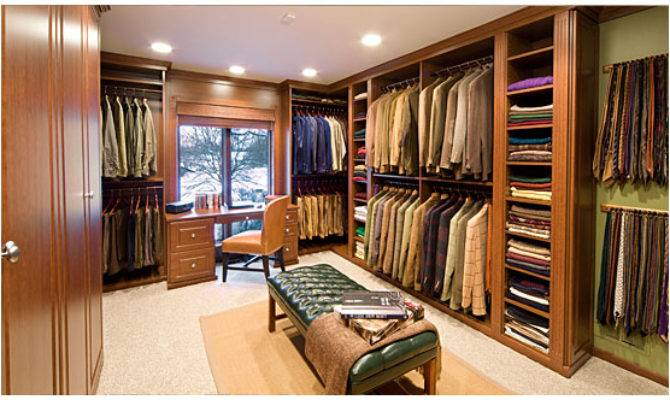 Which Amazing Walk Closet Your Favorite Homes