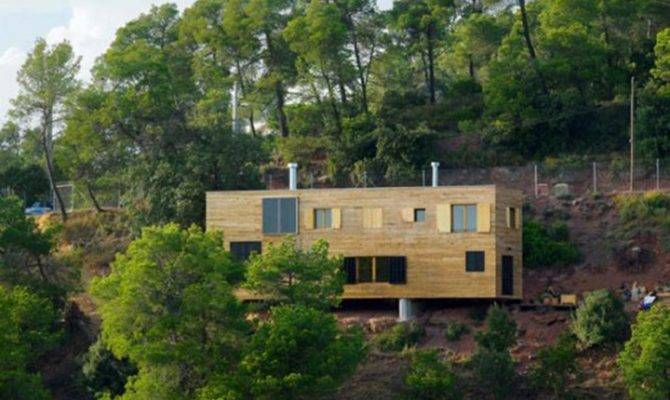 Wooden Hill House Designs Iroonie