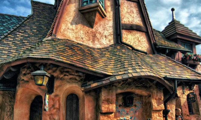 World Amazing Photos Fairy Tale Houses Real